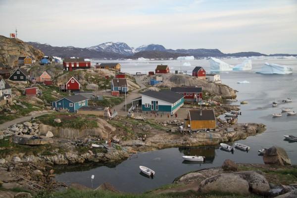 Przez lodowe fiordy do osad Innuitów